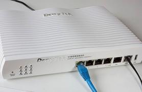 router-2.jpg